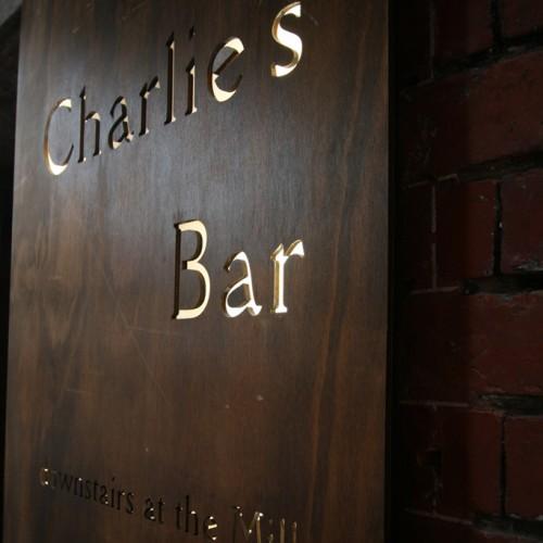 Charlie's Bar 1.3